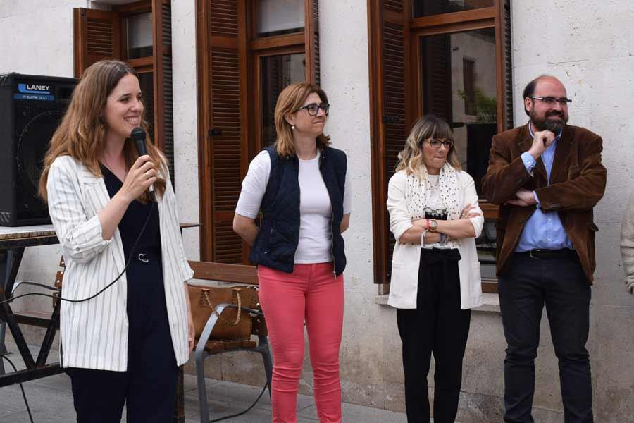 Yolanda Rojo junto a María Antonia Paniego, Gonález y López