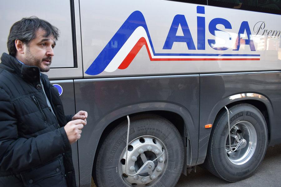 Los nuevos autobuses emplean neumáticos Michelin